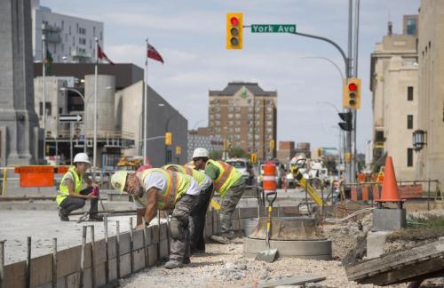 Construction work on Memorial Boulevard near Broadway Avenue by Maple Leaf. (Colin Corneau photo)