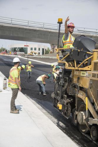 Construction work on Waverley Underpass by Maple Leaf. (Colin Corneau photo)
